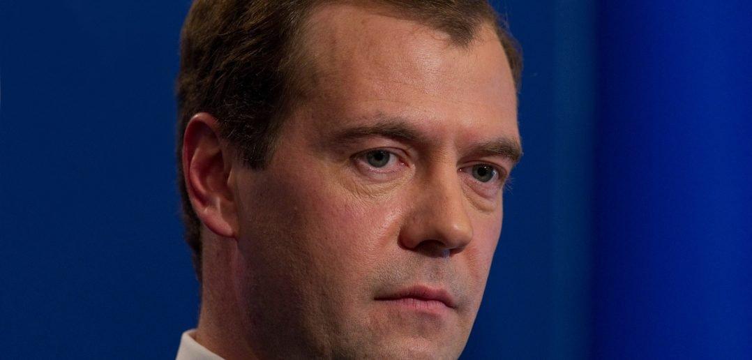 Шалтай Балтай и Медведев: скучный взлом
