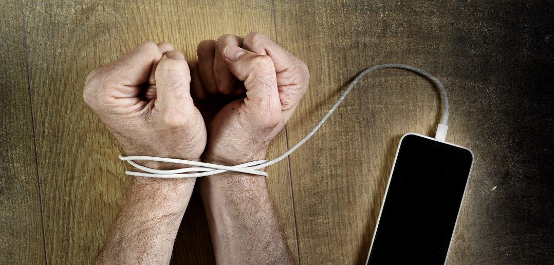 """Отмена """"мобильного рабства"""" и MNP в Казахстане"""