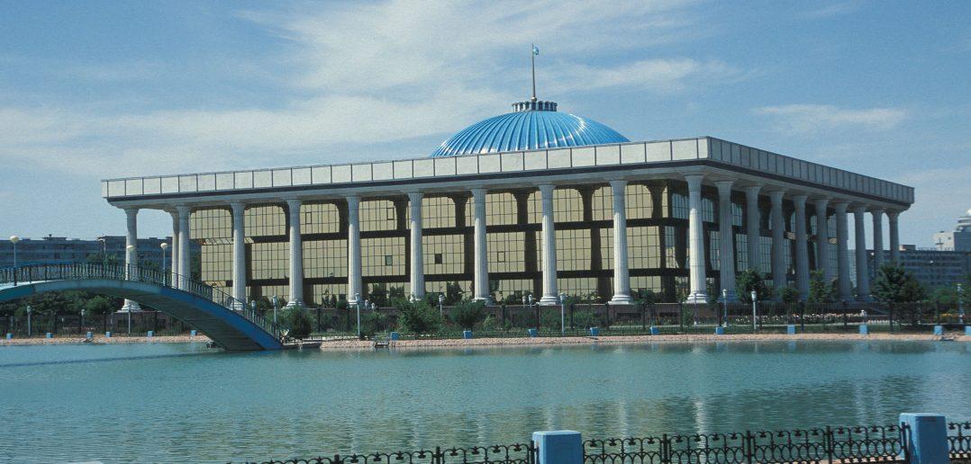 В Узбекистане заработала «прямая линия» по вопросам участия граждан в президентских выборах