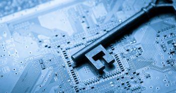 Самвел Мартиросян: правоохранители не будут ловить хакера, который атаковал киберпространство противника