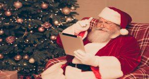 Роскомнадзор: 76 сайтов собирают персональные данные детей для писем Деду Морозу