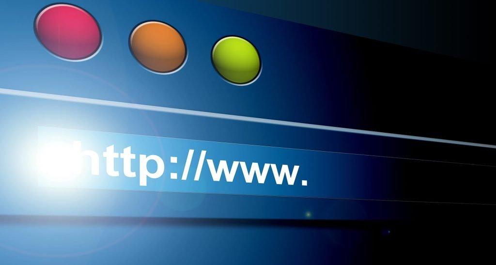 Роскомнадзор будет блокировать экстремистские сайты по электронному письму суда