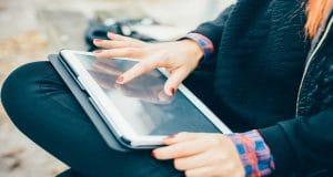 В Азербайджане запустят производство планшетов для людей с ограниченным зрением