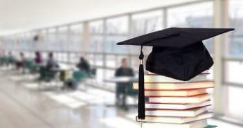 В Ташкентском университете информационных технологий заработала система Smart Classroom