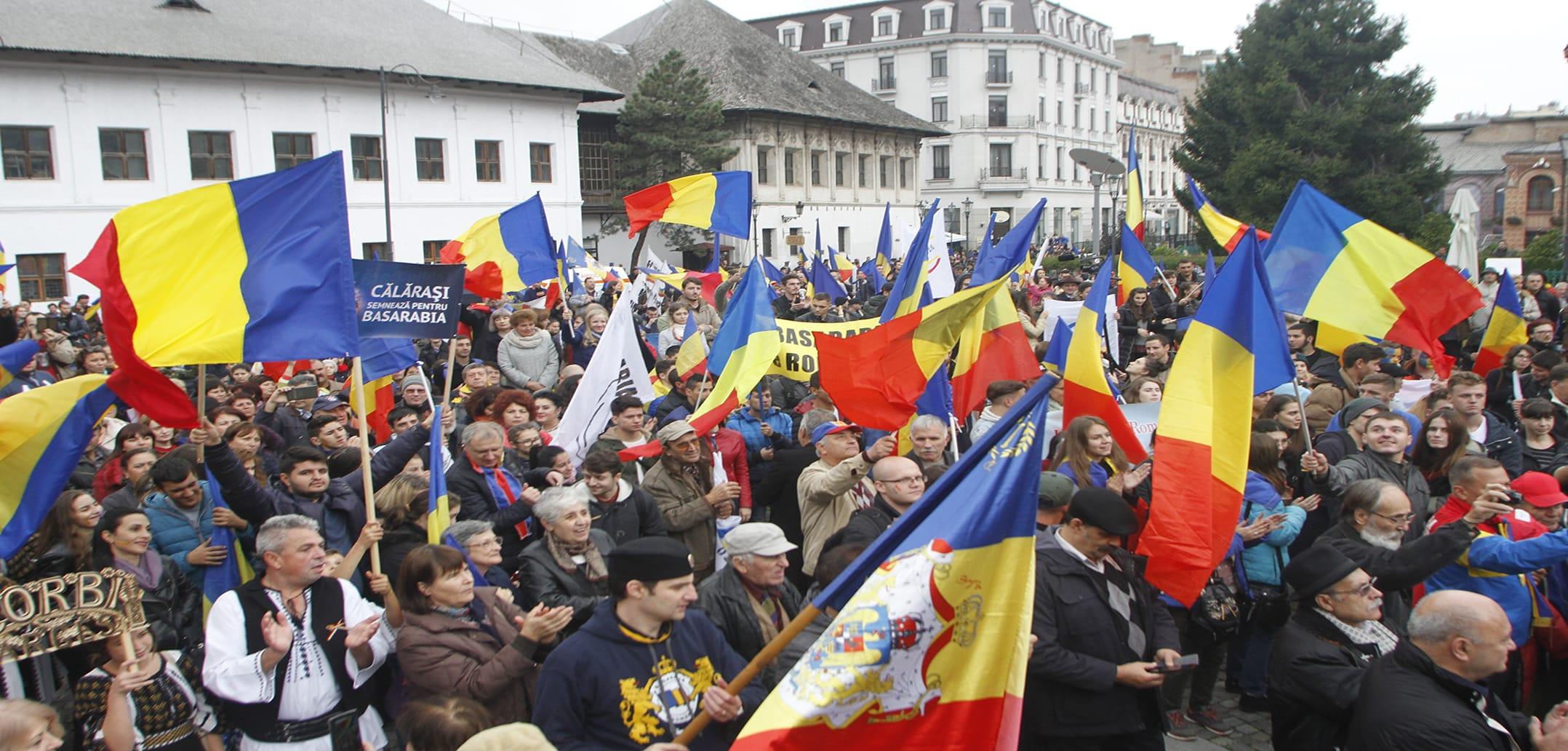 революция» в Молдове: оценка восемь лет спустя