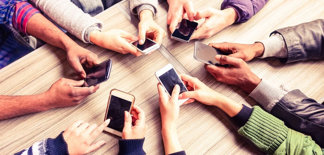 В Кыргызстане 7 млн абонентов сотовой связи при 6 млн населения