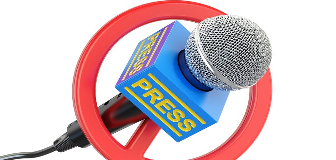 Россия: СМИ и блогерам могут запретить писать о суицидах