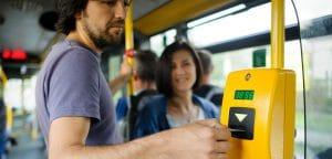 Узбекистан: В общественном транспорте введут электронную оплату проезда