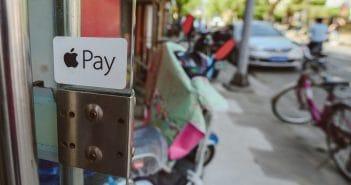 Платежный сервис Apple Pay начнет работать в Украине во 2 квартале 2018 года