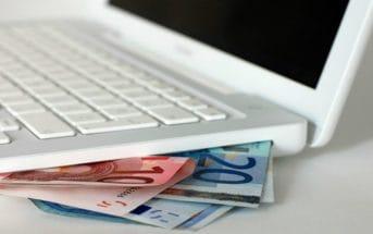 В Кыргызстане хотят обязать осуществлять e-платежи только с e-кошелька