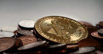 Антимонопольная служба России рассматривает возможности регулирования криптовалют