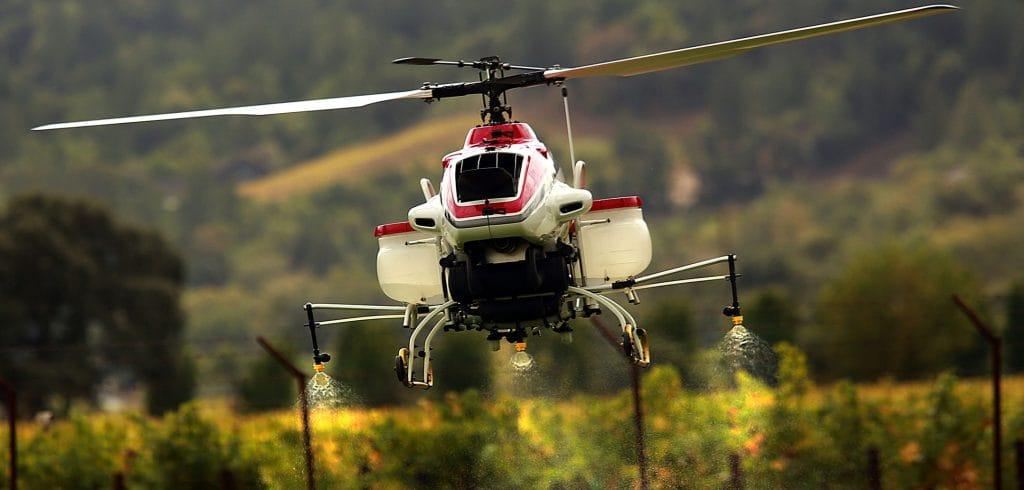 В Молдове будут следить «за здоровьем» винограда с помощью дрона