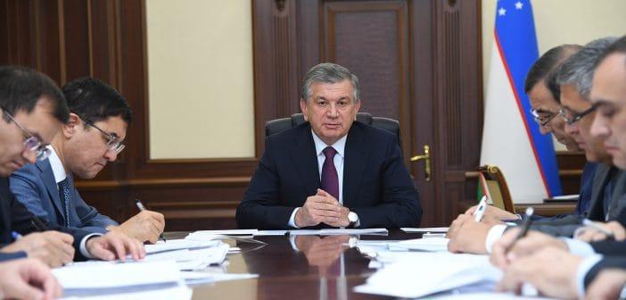 Президент Узбекистана проконтролирует исполнительскую дисциплину чиновников с помощью ИТ
