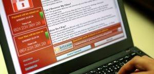 Центробанк России в 2017 году выявил 481 мошеннический сайт