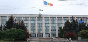 Эксперты призывают молдавские власти не спешить с принятием закона Big Brother